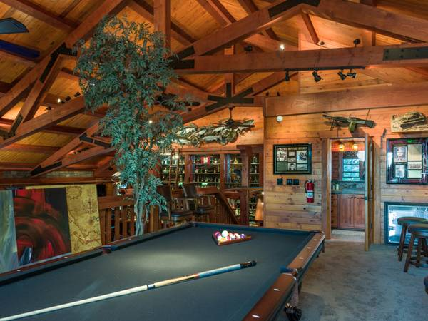 Hunting pool table room.