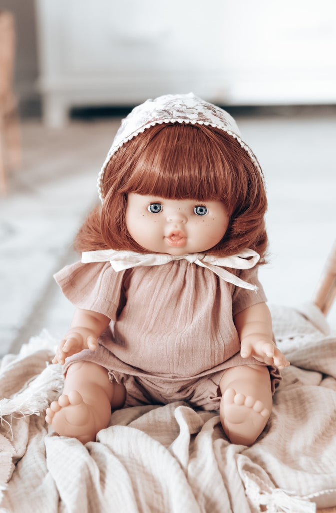 PAOLA REINA GORDIS - REDHEAD DOLL WITH PIGTAILS 34 CM - SUMMER