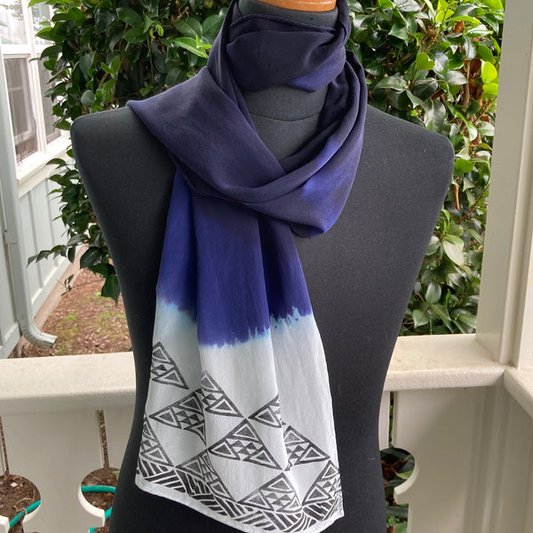 Ohe Kapala Silk Crepe Scarf in Navy Blue
