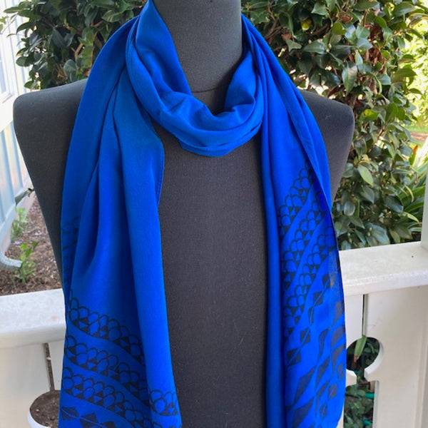 Ohe Kapala Silk Crepe Scarf in Royal Blue