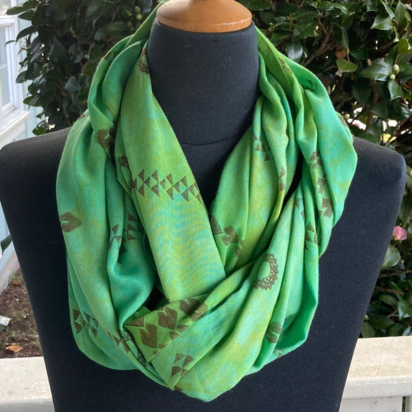 Ohe Kapala  Rayon Infinity Scarf in Mottled Green and Gold