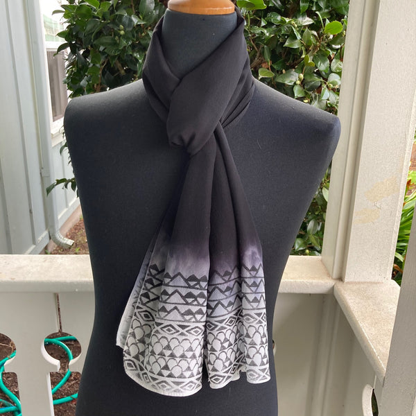 Ohe Kapala Silk Crepe Scarf in Black Ombre - 2