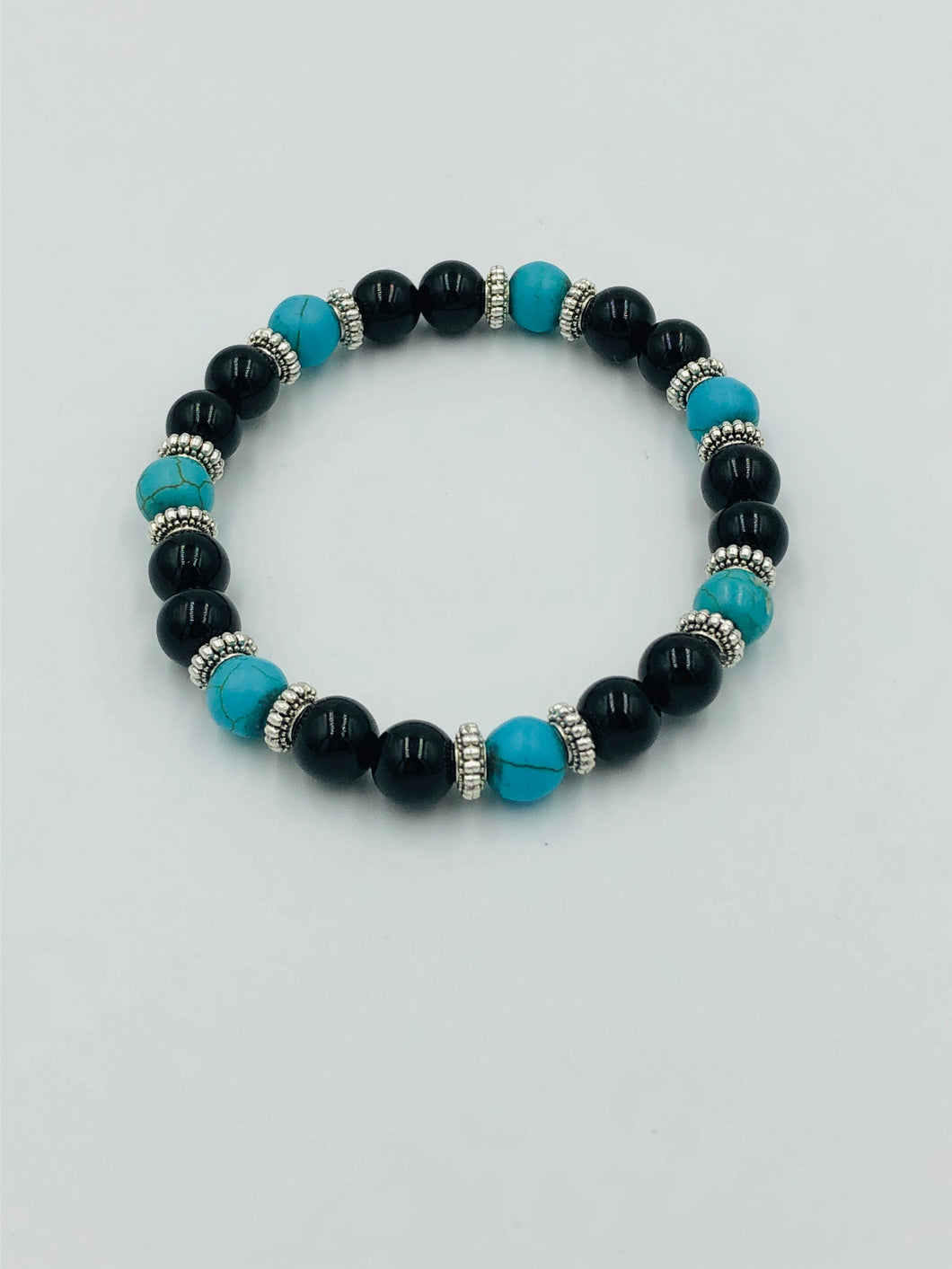 Women Turquoise and Onyx Beaded Bracelet