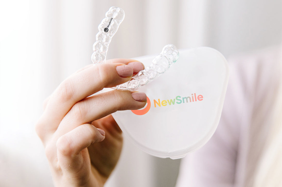 Tooth straightener | Invisible braces mail ordered to your home | NewSmile