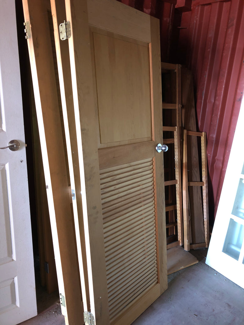 Door - 1/2 louvered, interior door
