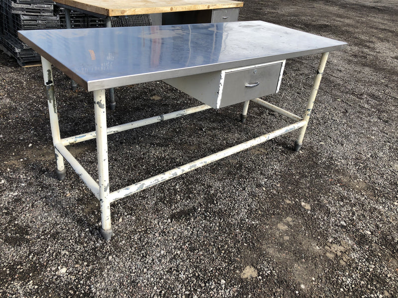 Catering - Stainless counter, 1 drawer