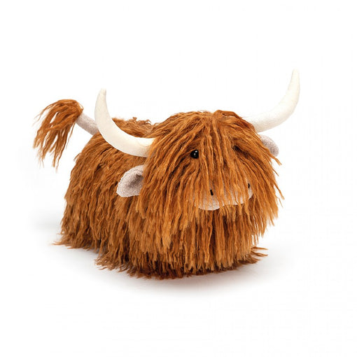 CHARMING HIGHLAND COW ... A wee cow with big fur!