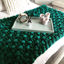 Load image into Gallery viewer, Chunky knit blanket bed runner dark green