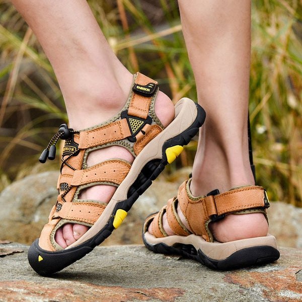 Flat Heel Low-Cut Upper Velcro Hollow Round Toe Sandals