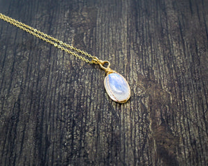 Rainbow Moonstone 14kt Gold Fill Wirewrapped Pendant