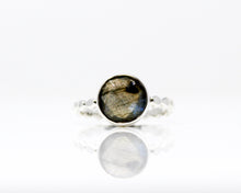 Load image into Gallery viewer, Labradorite Sterling Silver Ring, size 8