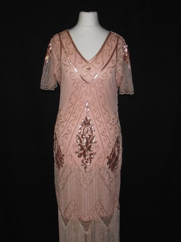 1920s Glam Lady in Peach