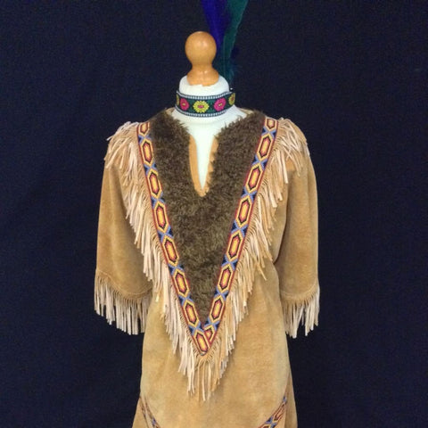 INDIAN SQUAW WITH FUR