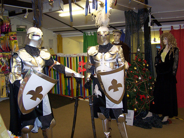 MEDIEVAL-KNIGHTS-AT-KING-ARTHURS-COURT-3448.jpg
