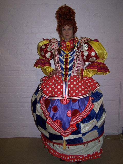 Pantomime-Season-Larger-Than-Life-Dame-5105.jpg