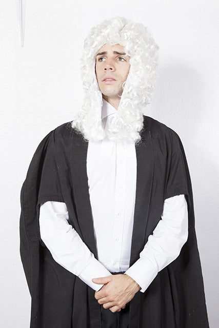 court-judge-robes-and-judges-wig-3936.jpg