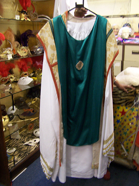 priests-church-service-robes-3913.jpg