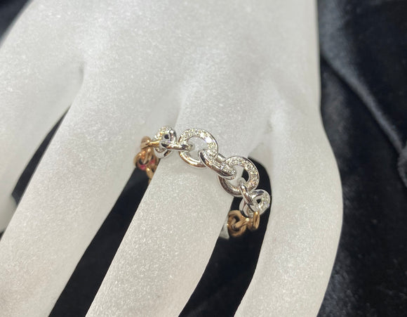 9ct Two Tone Chain Diamond Ring