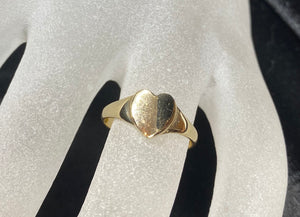 9ct Yellow Gold Heart Ring