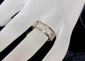 "9ct Two Tone ""S"" Shape Diamond Ring"