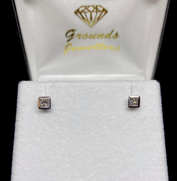 18ct White Gold Princess Cut Bezel Diamond Stud Earrings