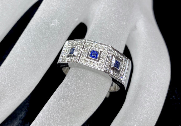 18ct White Gold Sapphire & Diamond Men's Ring
