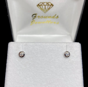 9ct White Gold Brilliant Cut Bezel Diamond Stud Earrings
