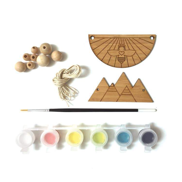 DIY Wood Necklace Kit - Bee