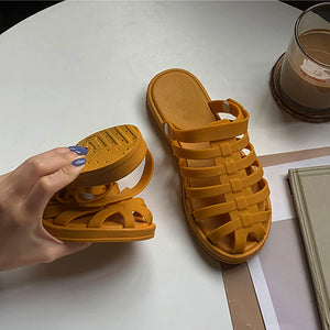 Ladies wear two beach crocs with soft, deodorant soles