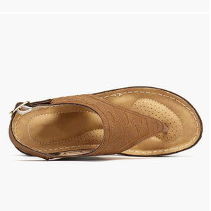 Ladies' hollow out hand-embroidered slippers