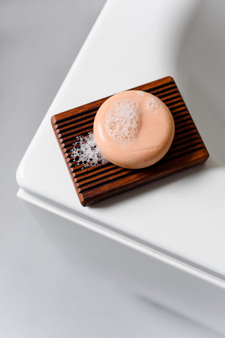 Using a Solid Shampoo or Conditioner Bar