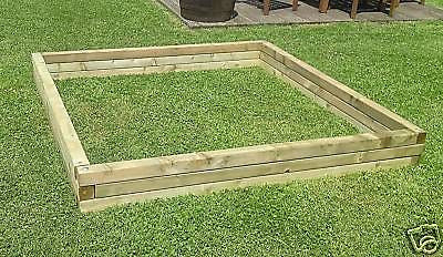 LARGE VERSATILE PLAY AREA / SAND PIT / PADDLING POOL