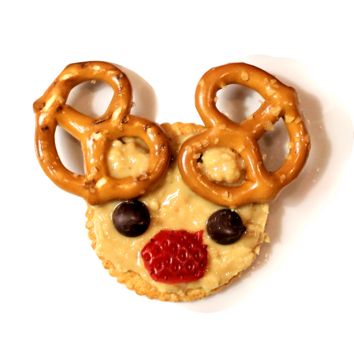Peanut Butter Reindeer Crackers