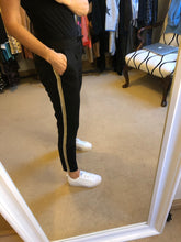 Load image into Gallery viewer, Joggers with side stripe - black