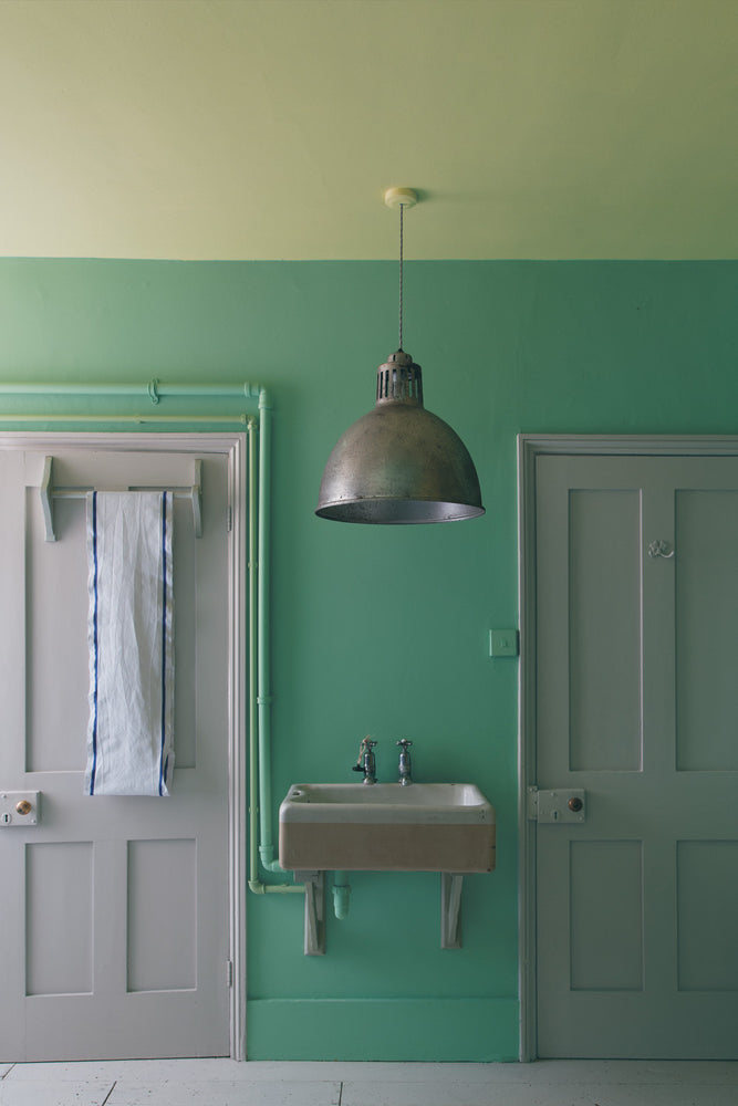 Laden Sie das Bild in den Galerie-Viewer, Dove Tail 267 - Farrow & Ball