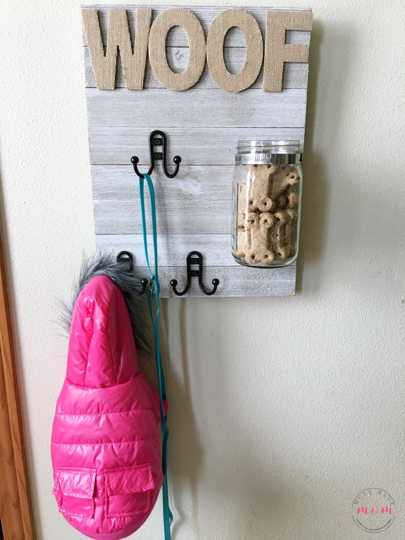Do it yourself dog sign with treat jar and leash holder from musthavemom.com