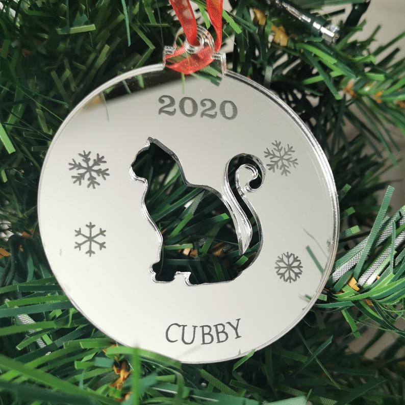 Mirrored personalized cat ornament by Etchandcutt at Etsy