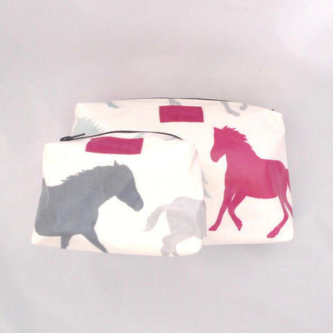 Wild Horses oilcloth wash bag gift set
