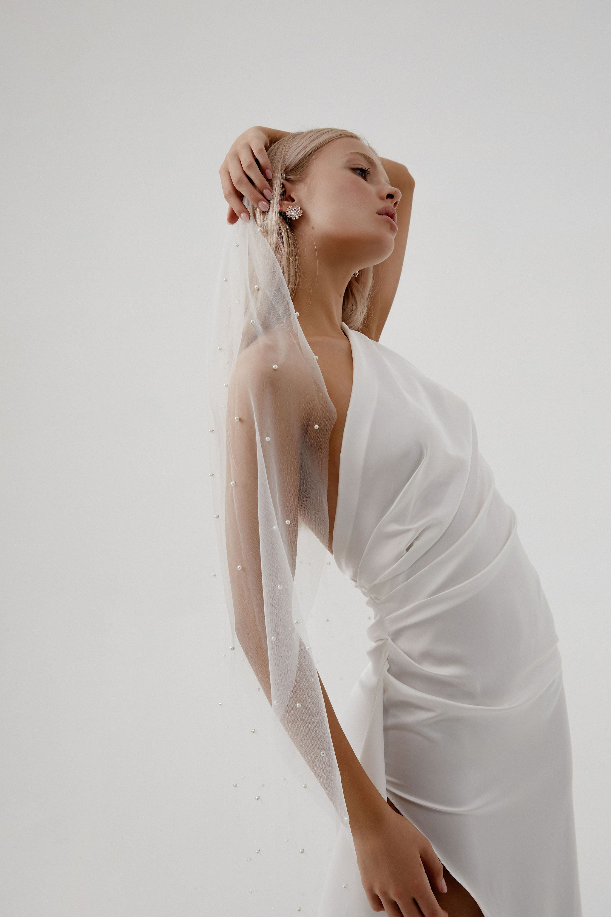 Modern Wedding Veil for Amelie George bridal campaign 2020