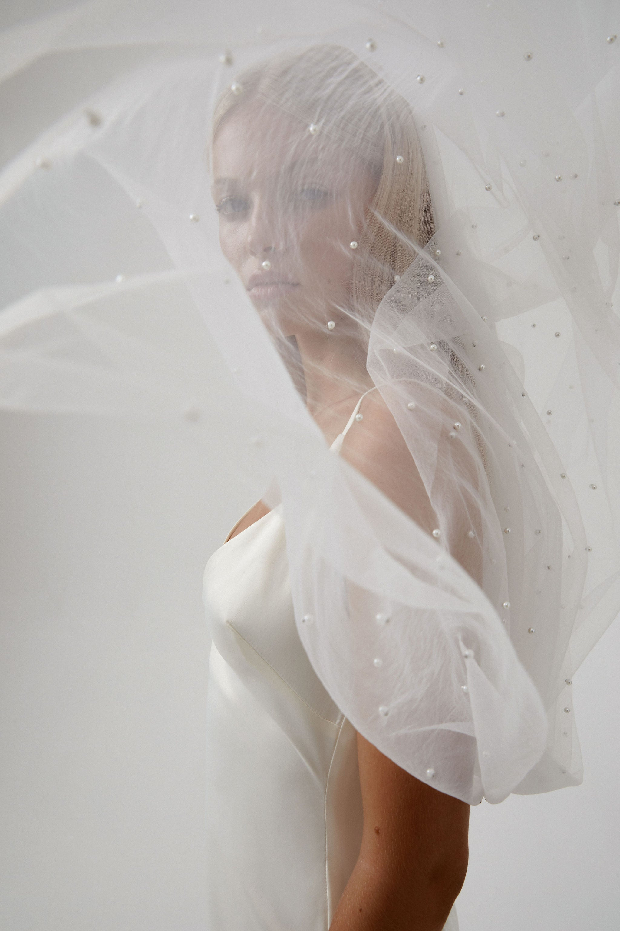 Pearl wedding dress veil with vclip detachable veil for Amelie George bridal campaign 2020