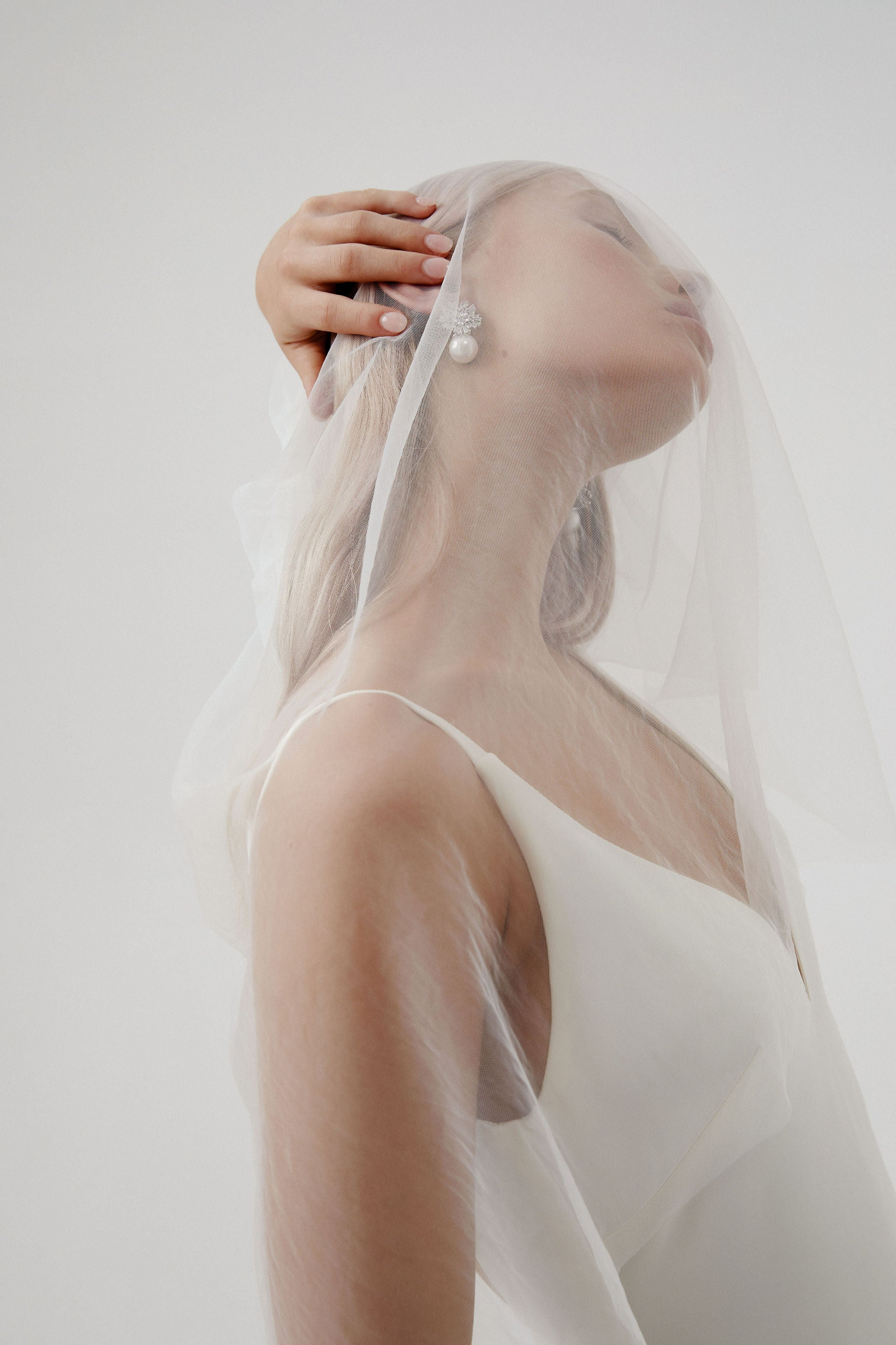 Statement Earrings Wedding with vclip detachable veil for Amelie George bridal campaign 2020