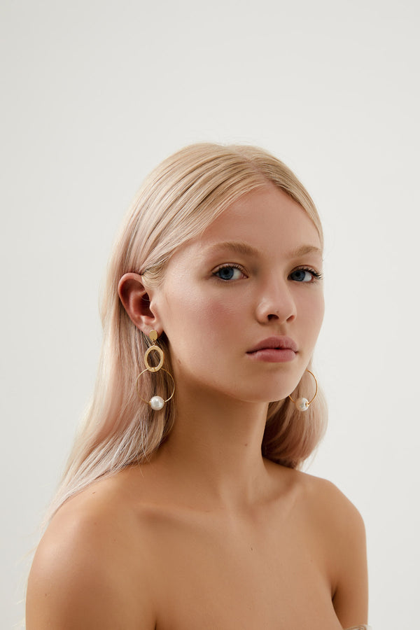 Modern Pearl Bridal Earrings, by Amelie  Amelie George Bridal