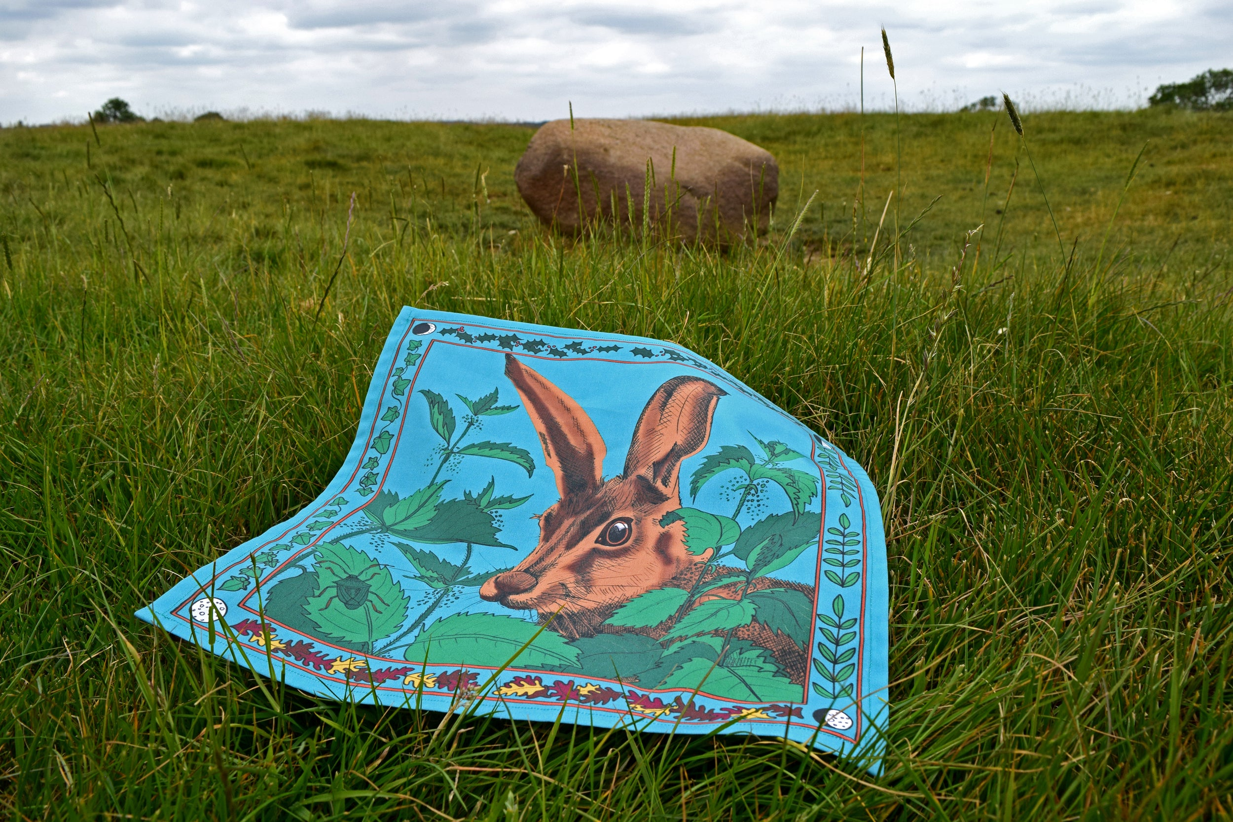 Organic cotton handkerchief Hare and Nettles