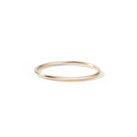 9ct yellow gold dainty stack ring
