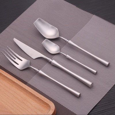 2019 Cutlery Set 24 Piece Set Forks Knives Spoons Dinnerware Set Tableware Portable Golden Cutlery Set Silverware fork spoon