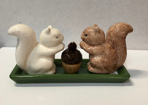 For the Kitchen - Ceramic Squirrel Salt & Pepper Shakers #