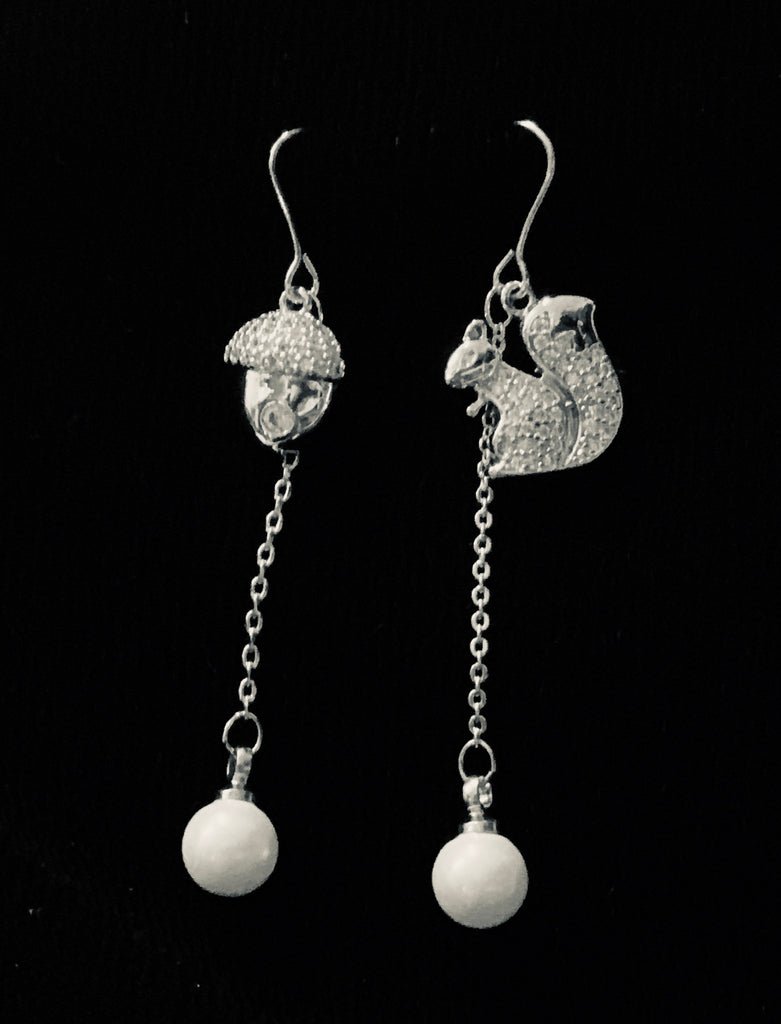 Jewelry - Rhinestone and Pearl Squirrel & Acorn Dangly Earrings