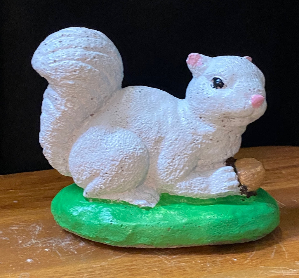 Garden Statuary - Concrete Crouching White Squirrel Holding an Acorn