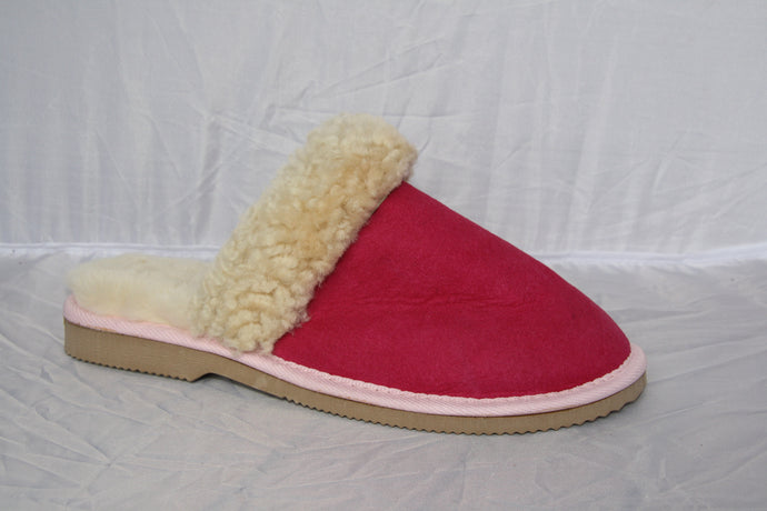 Ladies slipper UGG scuff. Natural & Baby Pink. 100% pure Australian wool