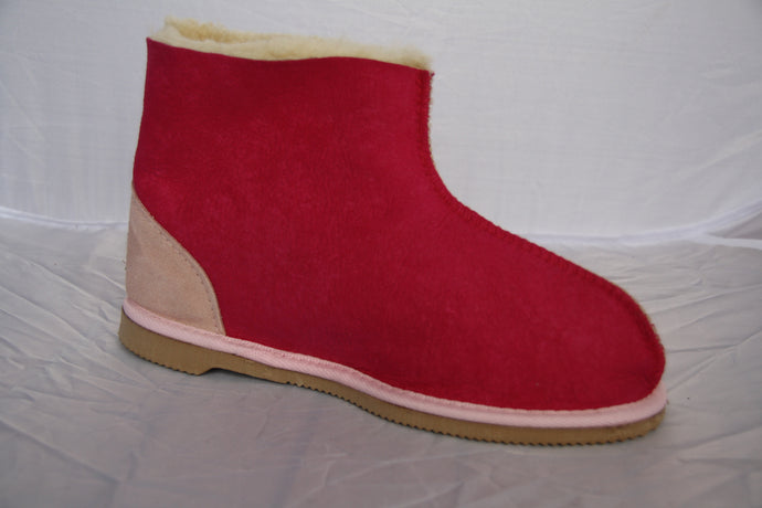 Classic UGG boot with ankle support. Limited Edition Colours Hot Pink and Berry - ON SALE